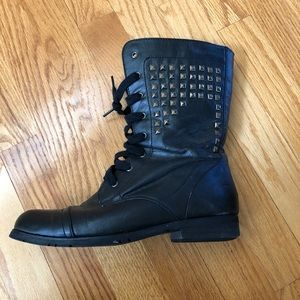 Steve Madden Combat Boots. Size 8.